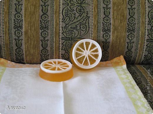 Краситель - облепиховое масло, аромат - ЭМ Иланг-иланг фото 2