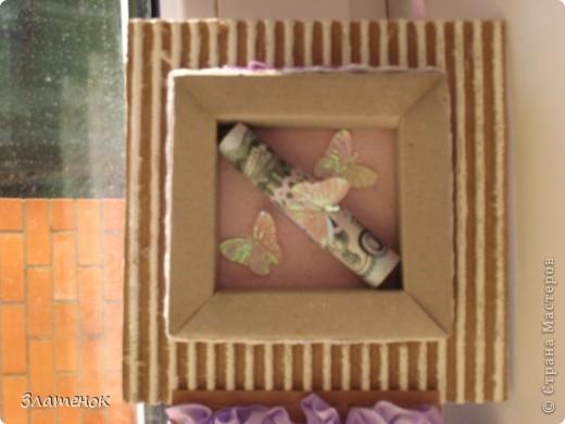 Доброе время суток дорогая моя страна. Сделалась у меня вот такая коробочка в подарок одной замечательной девушке на день рождения. Сделала я ее из картона и срап бумаги.   фото 6