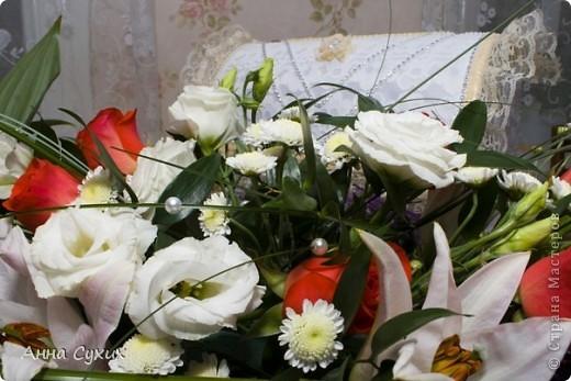 Вот такой сундучок я делала почти 2 года назад себе на свадьбу!!!Делался он в сжатые сроки, из того,что было под рукой, за неделю до свадьбы,вот,что у меня получилось, не судите строго!!!))) фото 4