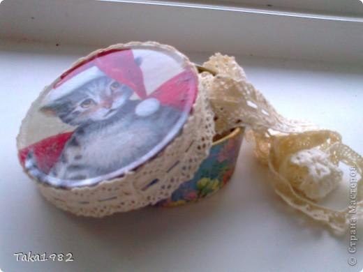 маленькая шкатулочка для иголок,булавок и маленьких пуговок  фото 1