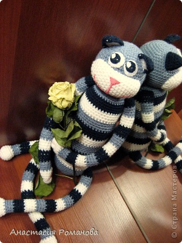 Совершенно случайно увидела у Людмилы (Lusi_22) такого котика http://stranamasterov.ru/node/327608?c=favorite, и влюбилась в него. Вот на свет появился и мой котяра, прошу любить и жаловать)))) фото 1