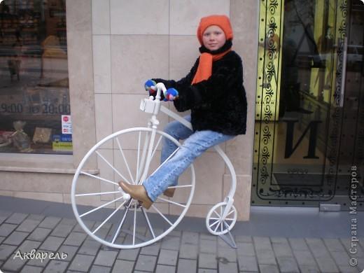 """Ретро-велосипедик. На этот транспорт вдохновением послужил """"Цветочный велосипед"""" в профиле Frutela и ее МК. Конечно же я сделала все по своему, ведь одинаковых нет. И как всегда я не смогла обойтись без всего что прилагается велосипеду. Седло, педали - садись и езжай. А прототипом формы велосипеда послужил .....(см. внизу) . Не думала что делаю по нему, наверное в памяти где то образ отложился.  фото 7"""