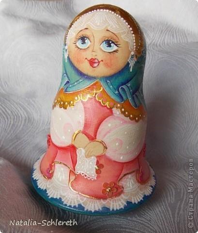 Русская девушка в Золотом кокошнике. Кукла-неваляшка фото 2