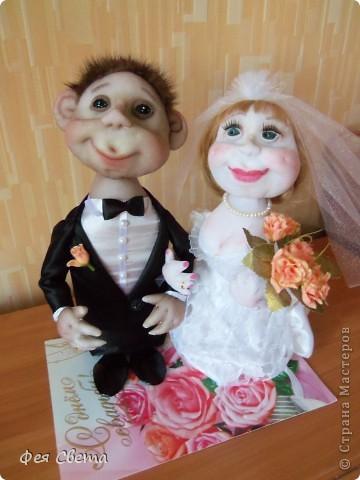 Свадебный заказ. Куклы на бутылочках, приклеены к открытке для удобства, ведь они неразлучники! фото 1