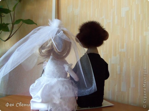 Свадебный заказ. Куклы на бутылочках, приклеены к открытке для удобства, ведь они неразлучники! фото 4