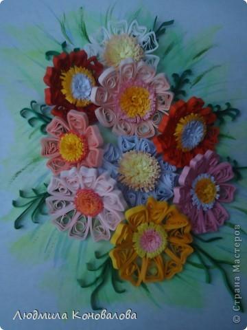 Здравствуйте дорогие мастерицы!!!!!!!!!!! Насмотревшись на красивые цветочки в СМ, решила попробовать сотворить что то похожее. Но как получилось судить Вам!!! фото 1