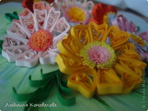 Здравствуйте дорогие мастерицы!!!!!!!!!!! Насмотревшись на красивые цветочки в СМ, решила попробовать сотворить что то похожее. Но как получилось судить Вам!!! фото 3