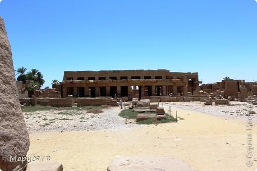 Здравствуйте Жители Страны! Случилось в этом году мне попасть в Египет. Почему случилось???? Потому что не собиралась  ни куда....Надеюсь что не утомлю Вас своим рассказом и фотографиями! И того и другого ОООООООЧЕНЬ МНОГО! фото 35