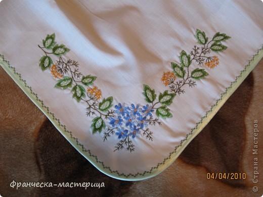 Фартук сшит из немецкого льна высочайшего качества. Вышивка вискозными нитками( искуственный шёлк). фото 3