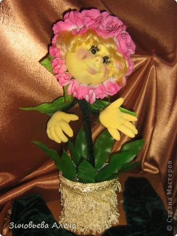 """Давным-давно было обещано тогда ещё близкой подруге,а теперь уже куме,сшить цветочек в горшке.Никак не могла придумать,как это сделать.СПАСИБО """"СТРАНЕ МАСТЕРОВ"""" и всем мастерицам за помощь в осуществлении желания. фото 2"""
