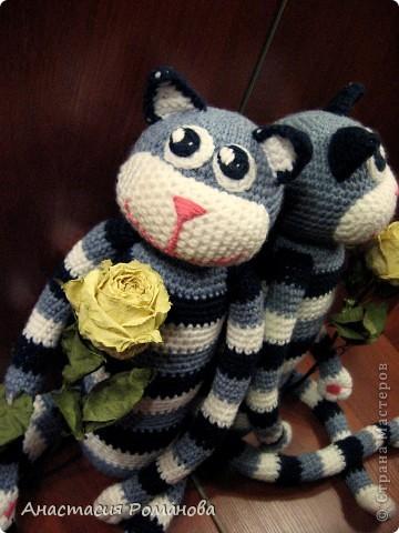 Совершенно случайно увидела у Людмилы (Lusi_22) такого котика http://stranamasterov.ru/node/327608?c=favorite, и влюбилась в него. Вот на свет появился и мой котяра, прошу любить и жаловать)))) фото 6