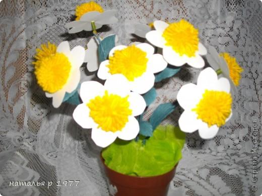 Цветочек с гусеничкой фото 3