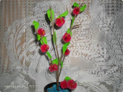 Цветочек с гусеничкой фото 4