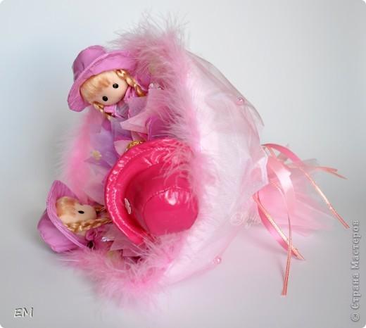 Всем здравствуйте! Решила показать вам очередную серию букетов из игрушек... Приятного просмотра) Куклы... фото 5