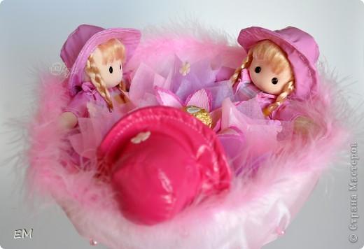 Всем здравствуйте! Решила показать вам очередную серию букетов из игрушек... Приятного просмотра) Куклы... фото 2