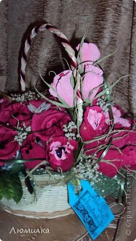 Здравствуйте всем! Это моя первая корзиночка на заказ! Очень волнуюсь, ещё не отдавала. Подарок маме от дочери. Большущее спасибо ПроБелке за её розы! Прям источник вдохновения какой-то!)))))Прошу оценить! фото 3