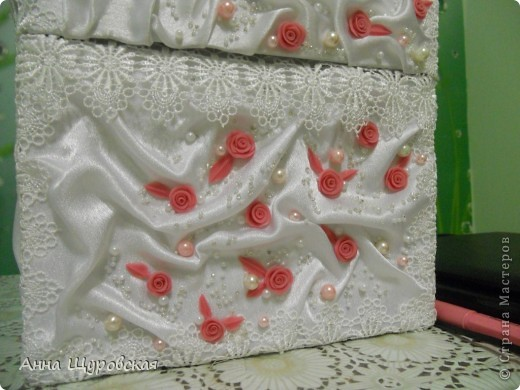 Идею в оформлении бутылок взяла у Ирины Ивановой.я ее поклонник и большое спасибо ей за  ее  прекрасные идеи и помошь как делать листики,цветочки... фото 12