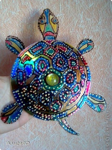 Очень мне нравятся работы Людмилы- Ихтиандры. В частности вот эта http://stranamasterov.ru/node/359553?c=favorite И конечно же мне захотелось и себе черепаху)... фото 3