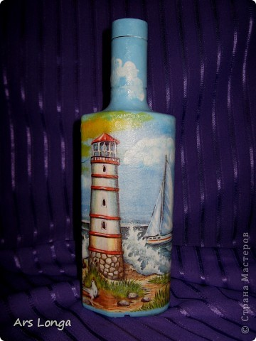 Вот такая морская бутылочка с огненной водой получилась в этот раз. Очень она мне нравится :) Сделана в подарок дяде, который живет на берегу Черного моря :) фото 1