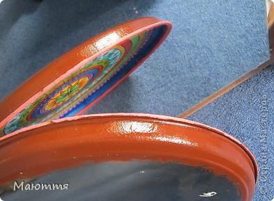 Я вам еще не надоела своей Мексикой?....Тогда обновка))) Я вам прошлый раз http://stranamasterov.ru/node/399917  говорила, что муж забраковал пластинки, которыми я планировала изображать тарелки, и купил подносы. Вот я их начала расписывать.... фото 7