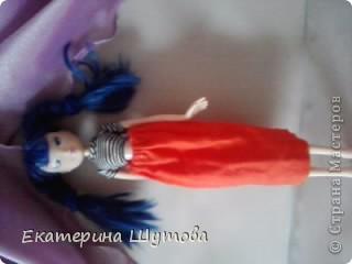 Вот моя Мальвина!и её первый наряд! )))) полосатая кофточка(покупная) и сшитая мной юбочка! фото 1