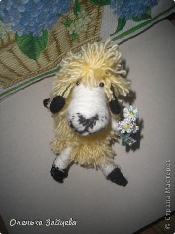 Вот такая овечка у меня получилась, пользовалась этим МК http://kotodel.ru/master-klass/mk-kak-sdelat-ovechku.html фото 2