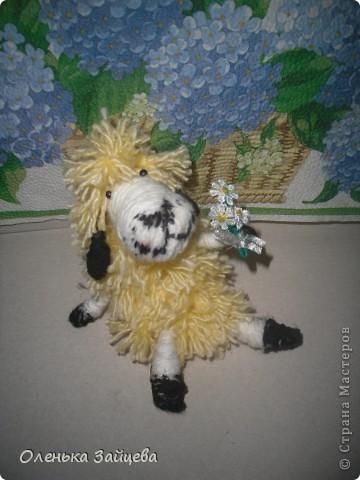 Вот такая овечка у меня получилась, пользовалась этим МК http://kotodel.ru/master-klass/mk-kak-sdelat-ovechku.html фото 1