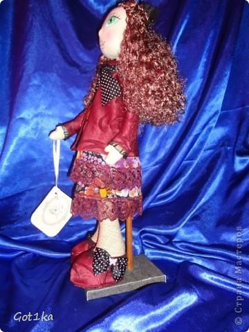 Текстильная кукла Тамара. Ткань лен, шелк, волосы атлас,  краски по ткани. Рост 50 см. фото 3