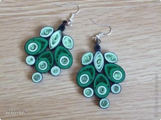 Зеленые серьги