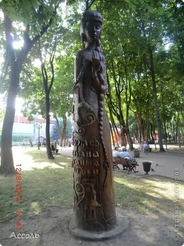 Сегодня мы всей нашей небольшой семьей выходили погулять в наш любимый парк Толстого. Предлагаю и Вам побродить по нашей местной городской достопримечательности))) фото 9