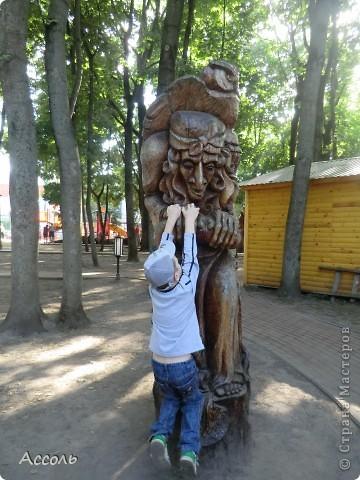 Сегодня мы всей нашей небольшой семьей выходили погулять в наш любимый парк Толстого. Предлагаю и Вам побродить по нашей местной городской достопримечательности))) фото 17