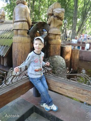Сегодня мы всей нашей небольшой семьей выходили погулять в наш любимый парк Толстого. Предлагаю и Вам побродить по нашей местной городской достопримечательности))) фото 16