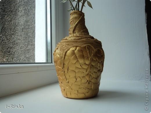 Не могу  бездельничать, поэтому пока застывает гипс в горшочках с будущими топиариями, решила сделать пару вазочек, вот что получилось, вторая здесь:  http://stranamasterov.ru/node/403322 фото 1