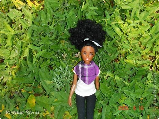 Здравствуйте! Насчет мебели у меня ничего нового нет, поэтому делаю фоторепортажи. Сегодня познакомлю вас с моей любимой (после Челси, конечно) куклой. Ее звать Калиста, везде сфотографирована в покупной одежде, пока на нее не нашила, но это не надолго))) фото 5