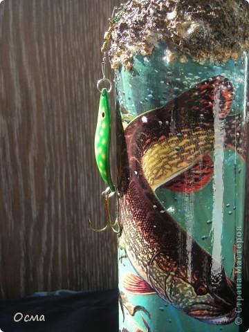 """Здравствуйте! В преддверии Дня рождения моего свекра-заядлого рыбака вспомнила прекрасную работу Марины """"Рыбный день"""", которую увидела в Стране. Решила повторить творческий подвиг, тем более, что никогда не декорировала бутылки. Все бывает в первый раз. фото 8"""