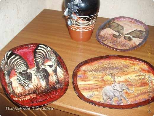 Вот такие тарелочки я сотворила из полюбившихся мне салфеток.... фото 2