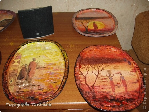 Вот такие тарелочки я сотворила из полюбившихся мне салфеток.... фото 1