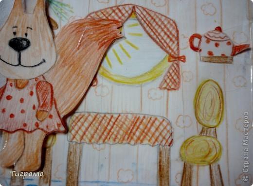 """Вот такой домик, к меня """"слепился""""!!Примерно за неделю)))Огромное спасибо Тимофеевне и её домику http://stranamasterov.ru/node/371450?c=favorite Нарисовала всё сама, но придумала Тимофеевна!!!!!!!!! Весь домик обклеен скотчем и мелкие детали.Белочка нарисована и приклеена на картон.Тоже обклеена скотчем. фото 16"""