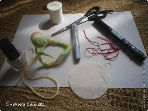 Меня попросили поделиться методикой изготовления подобной змеи, что я с удовольствием и делаю. К тому же не за горами уже новый год, и как раз придет год змеи, авось кому пригодиться:) фото 11