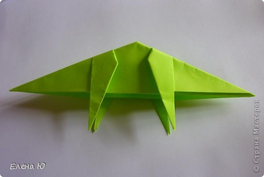 Камптозавр - оригами фото 27