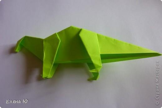 Камптозавр - оригами фото 33