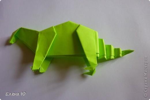 Камптозавр - оригами фото 34