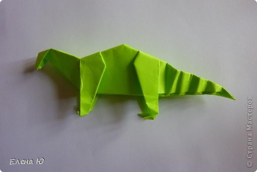 Камптозавр - оригами фото 36