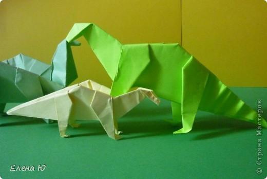 Камптозавр - оригами фото 1