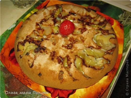 рецепт не классический, поскольку тесто сделанное из белого хлеба , как принято готовить данный пирог, мои домочадцы не едят. фото 1