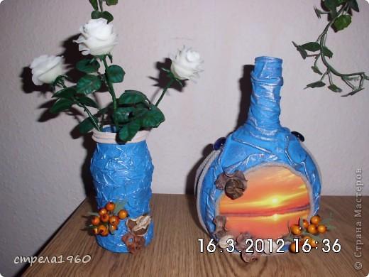 на бутылкеколготки,а ваза-салфетки,первая пробацветов хф.