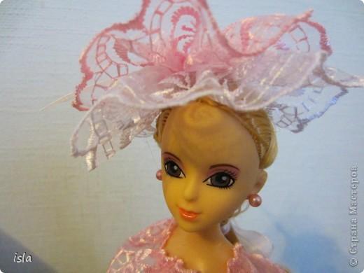 """Всем привет! Это опять я со своей очередной куклой. Вот такая у меня """"родилась"""" на этот раз куколка-шкатулка. Получилась она вся такая розовенькая, в рушечках-кружавчиках... Мне она напоминает бело-розовый зефир. фото 4"""