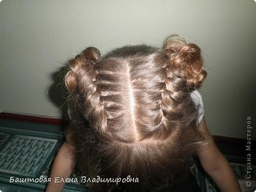 Это моя старшая доця.На выпускной в 4-ом классе я делала ей такую причёску. фото 2