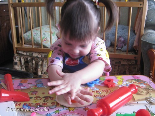 Здравствуйте соседи страны Мастеров. Представляю Вашему вниманию продолжение работ с дочерью за пол года. Снеговик. фото 5