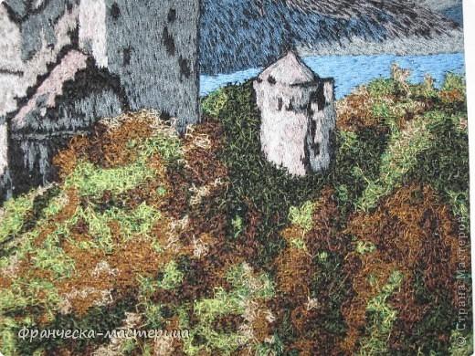 Дорогие друзья, продолжаю выставлять на ваш суд вышитые мною картины. Данная картина вышивалась в смешанной технике ( простыми нитками и вискозными). Размер картины -31 на 43 см.. фото 3